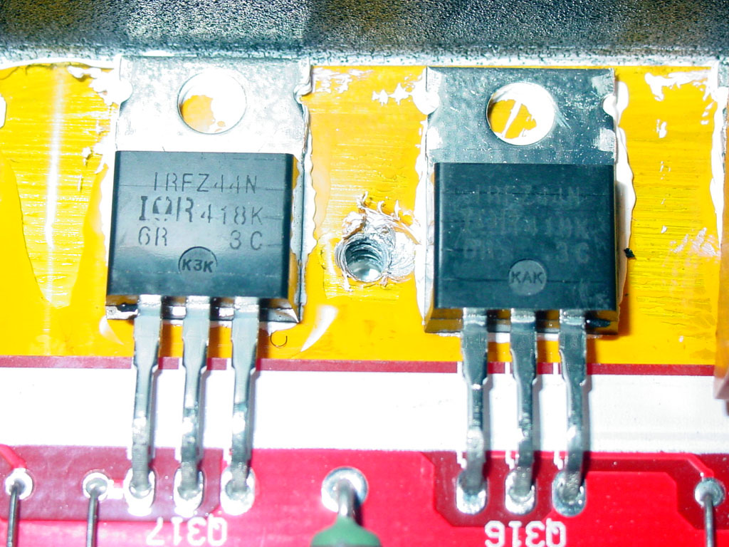 Lanzar Vibe 1200d Wiring Diagram Here Are The Input Mosfets Used On Amp There 10 In All And Each Is Rated For About 40a Of Current This Adds Up To A Very Impressive Power